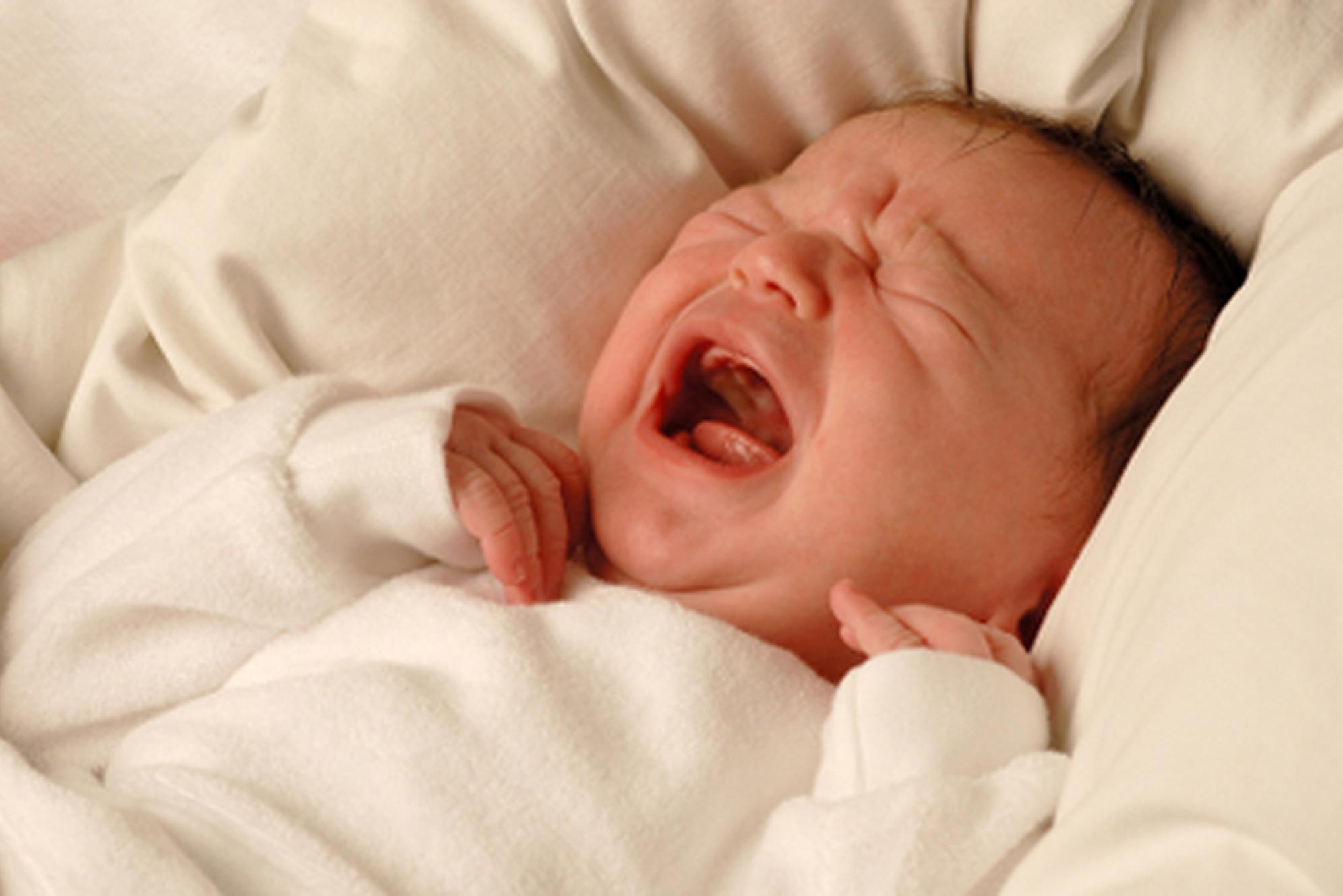 Диарея у месячного ребенка – тревожный симптом, который нельзя оставлять без внимания