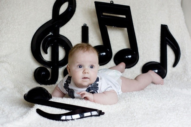 Ребенок и ноты