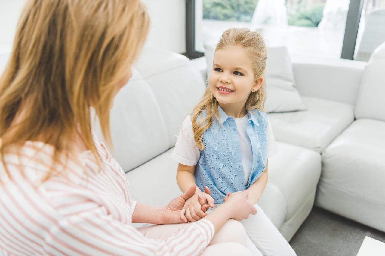 Девочка у психолога