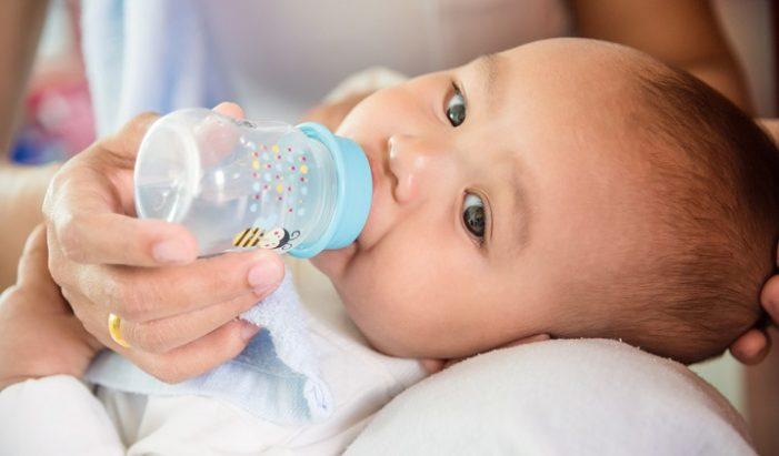 Малышу нужно достаточно жидкости