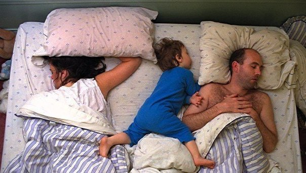 Ребенок должен спать отдельно