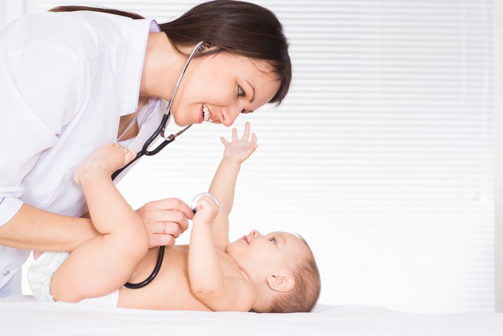 Малыш на приеме у педиатра