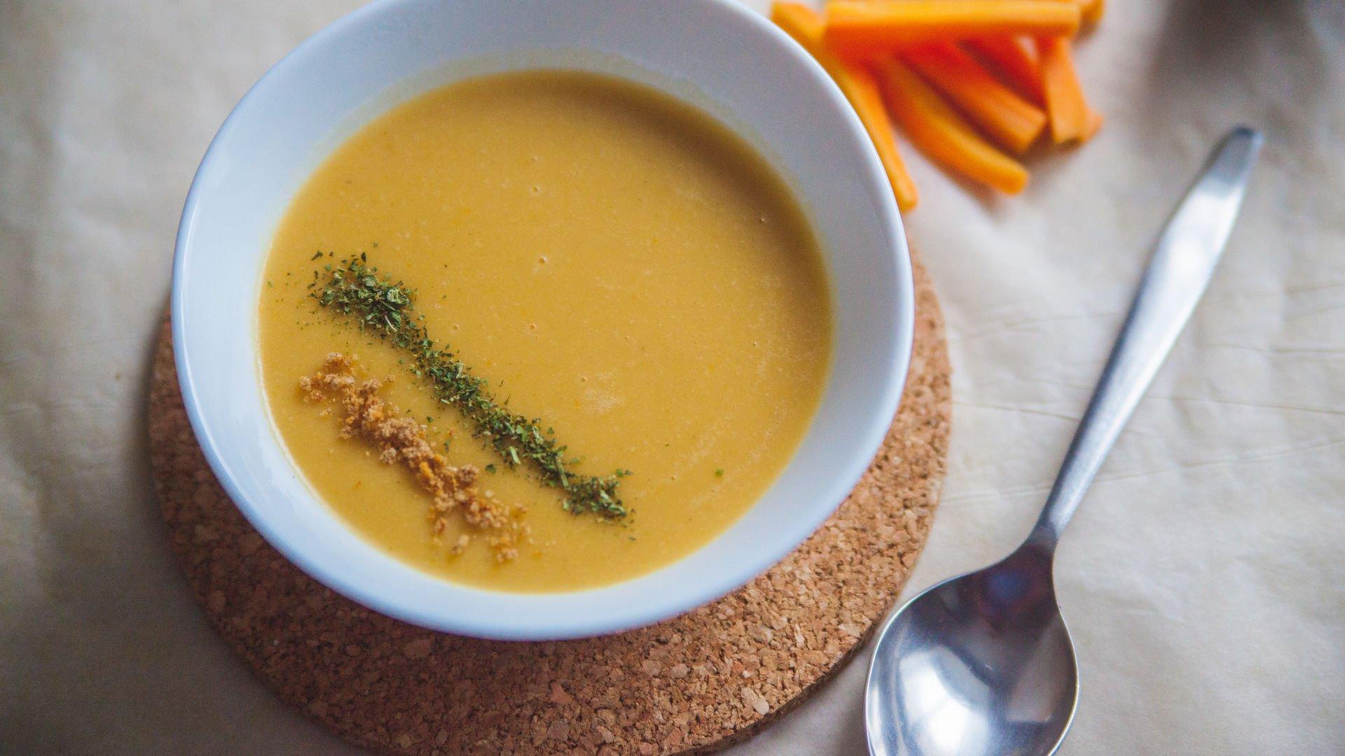 Тыквенно-морковный суп для обеда