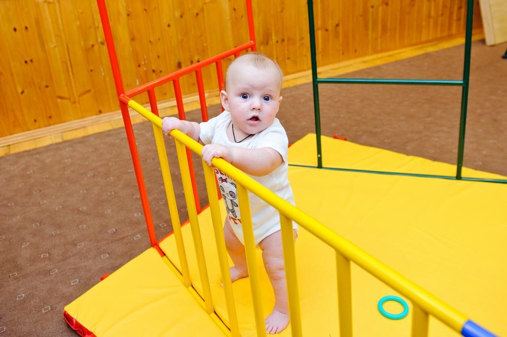 К 10 месяцам происходят заметные изменения в параметрах тела, веса и роста ребенка