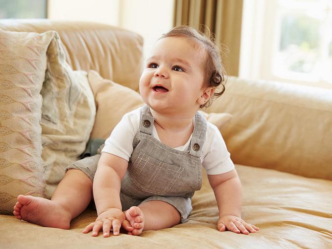 Искусственное вскармливание – оптимальная замена грудного молока для малышей
