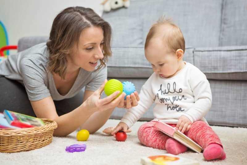 Игры с ребенком 9 месяцев