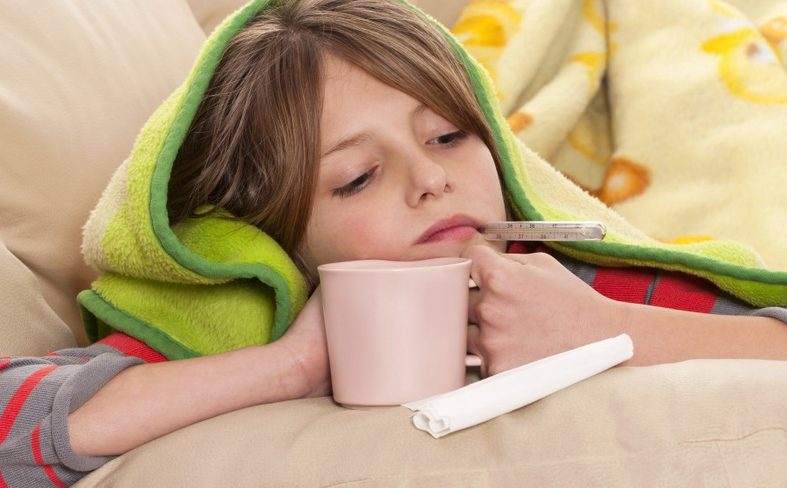 При высокой температуре необходимо обильное питье