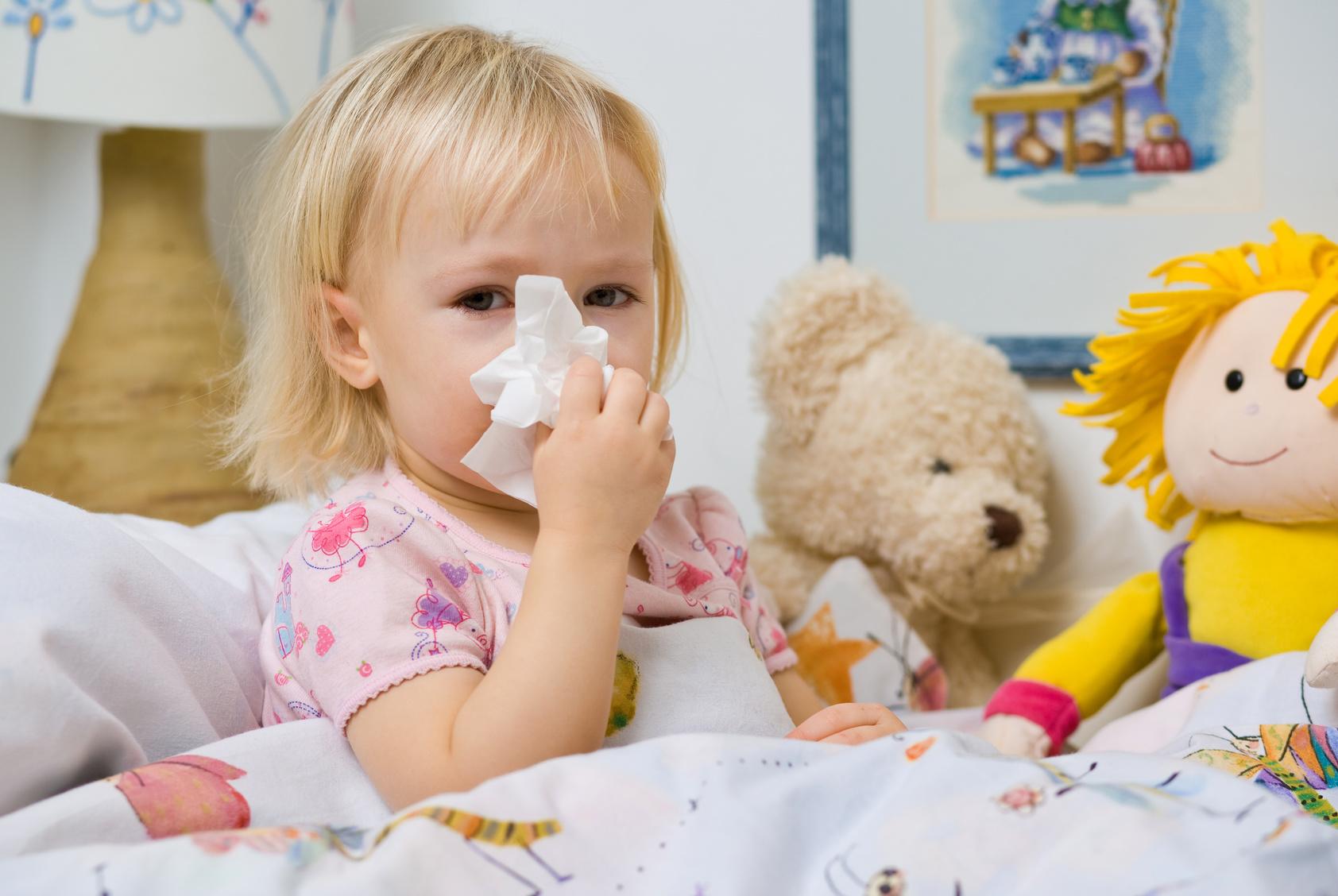 Грипп, несмотря на достаточно «легкие» симптомы, представляет собой серьезное заболевание, в особенности для маленьких детей