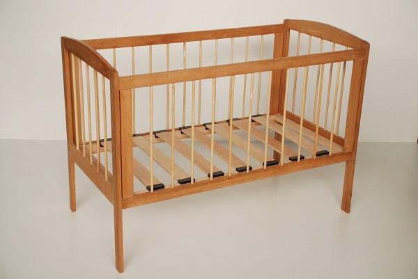Детская кроватка «Промтекс» с реечным основанием