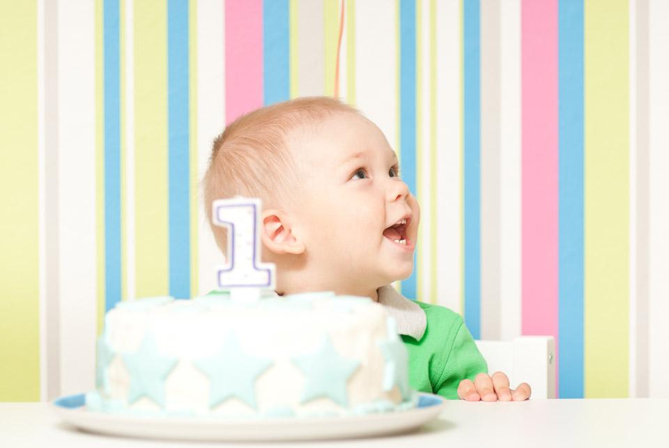 Кроха празднует первый день рождения