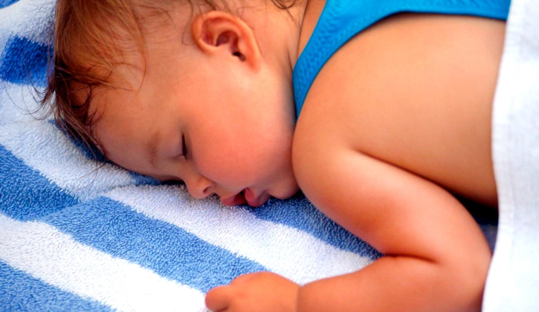 При повышенной потливости мокрым становится даже постельное белье