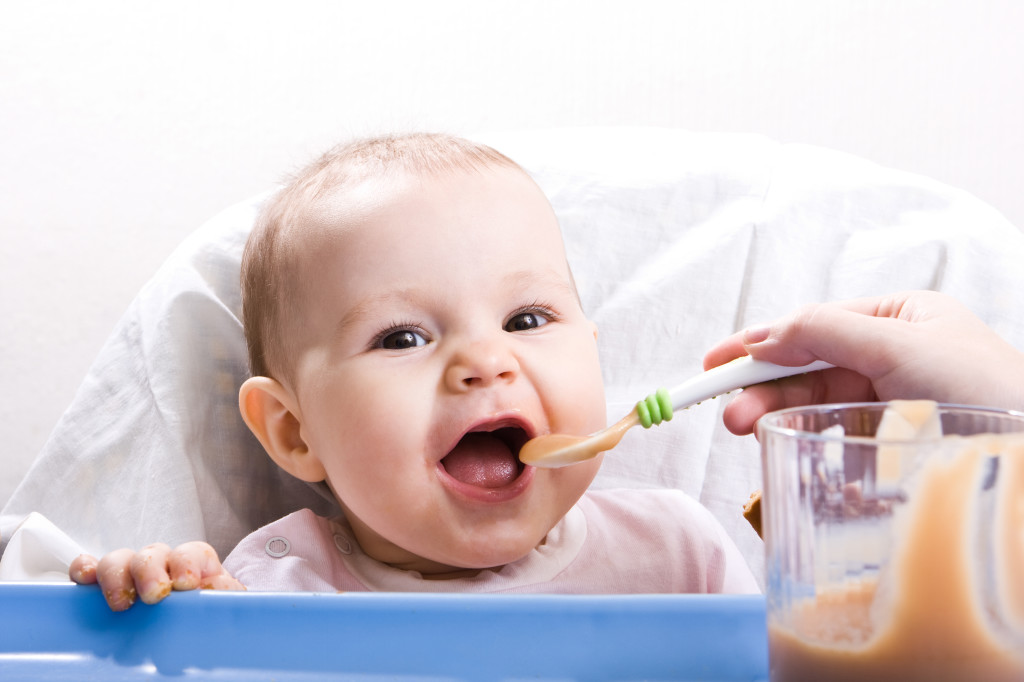 Прикорм младенца супом