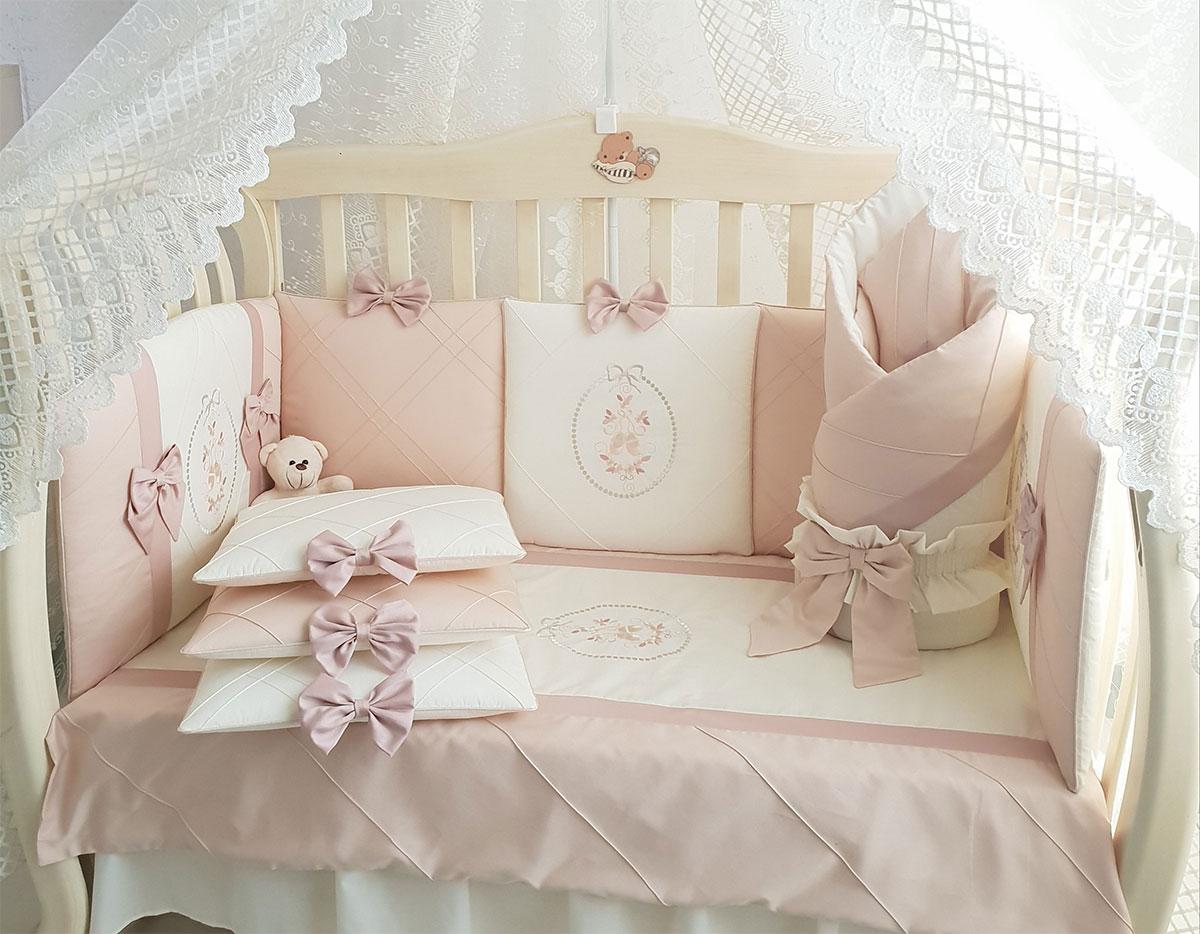 Набор в кроватку с бортиками