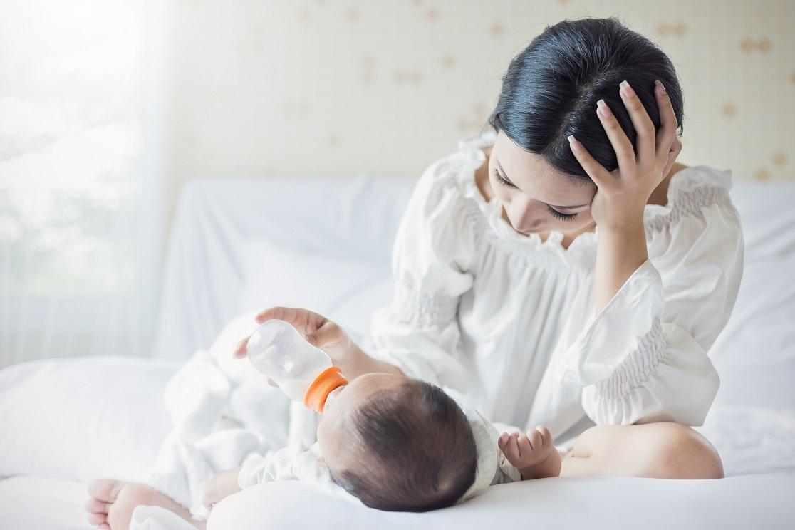 Допаивание младенца водой
