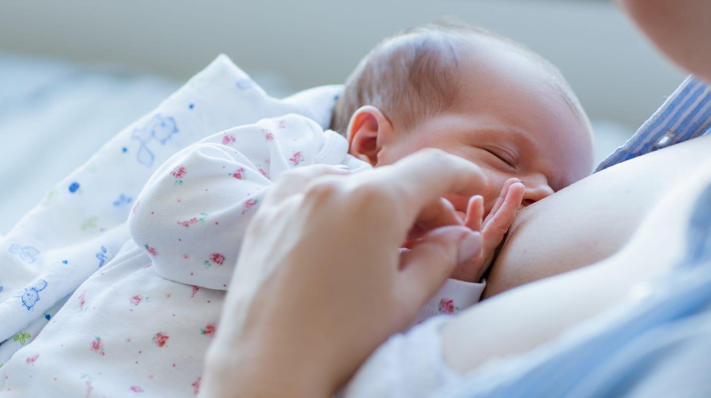Гв помогает малышу успокоиться перед сном