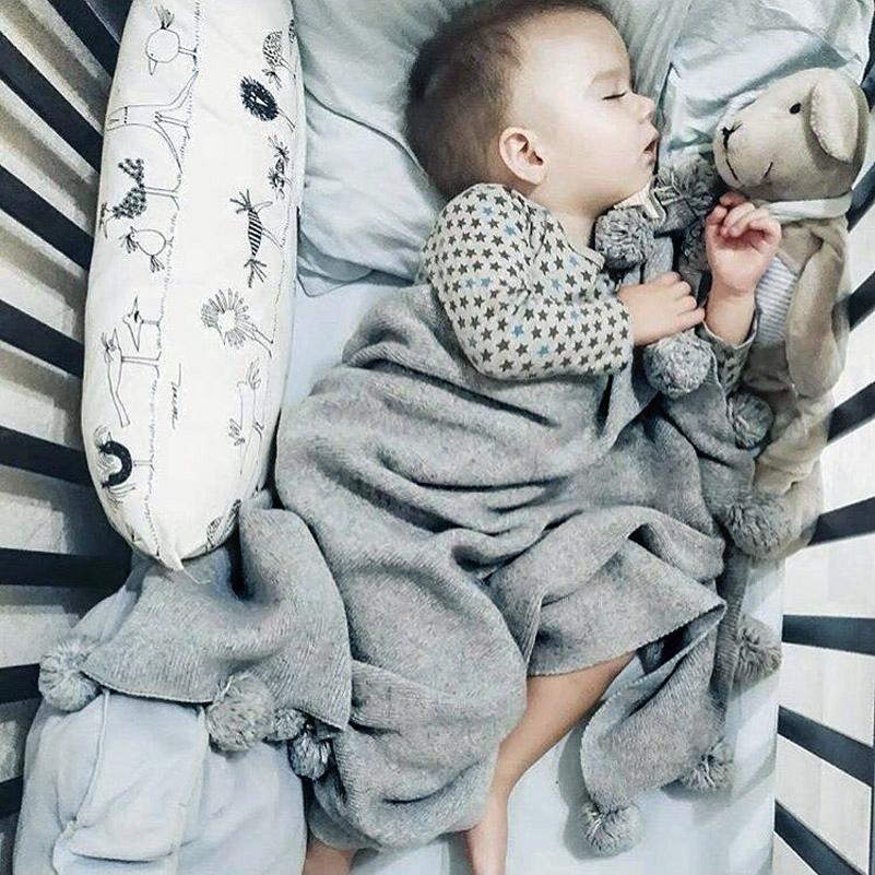 Спать под пледиком ребенку будет тоже комфортно