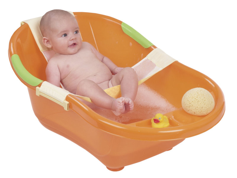 Купание – любимая процедура малыша