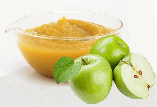 Правильно подобранные и приготовленные яблоки не вызывают аллергических реакций у ребенка