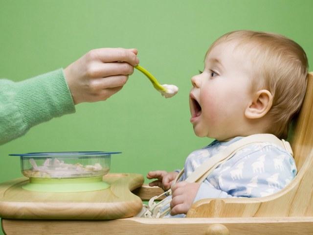 Прикорм ребенку 8 месяцев необходим для расширения рациона