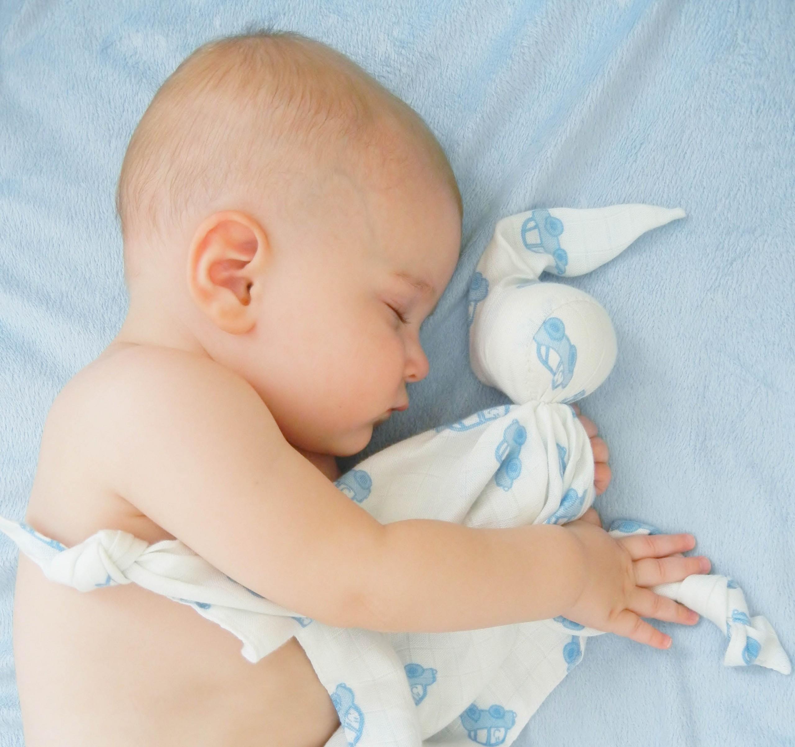 Ребенок чувствует себя с комфортером максимально расслабленно