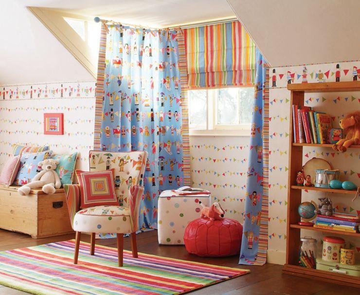 В детской комнате мебель и текстиль должны быть из натуральных материалов