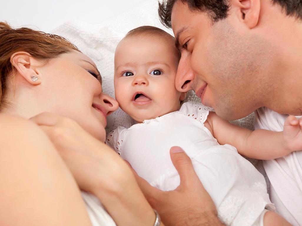 Родители и грудничок