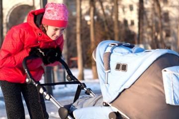 Прогулки на свежем воздухе благотворно действуют на здоровье матери и ребенка