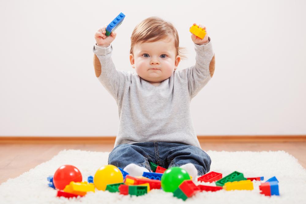 Безопасные игрушки и пространство – важное условий для организации игр малышей