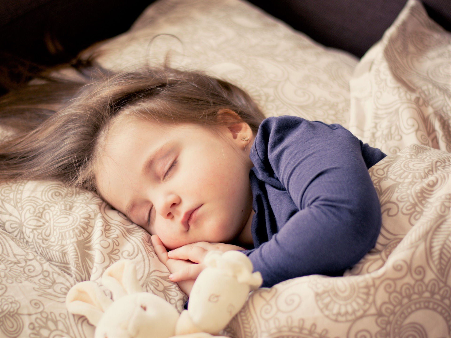 Родители должны бережно относиться к детскому сну