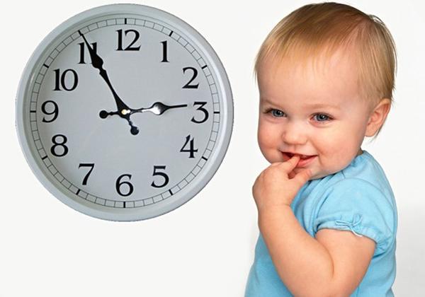 Время игр с четырехмесячным ребенком