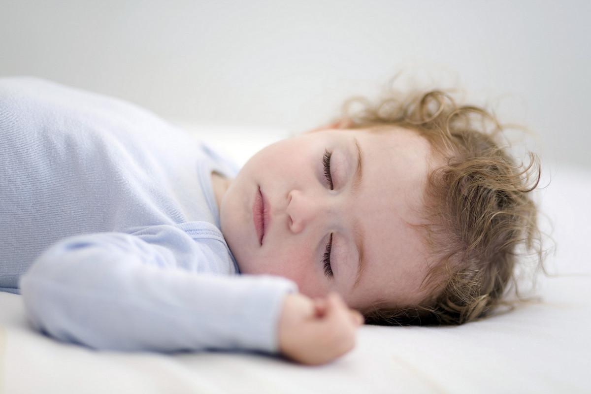 Ребенок проспал весь день