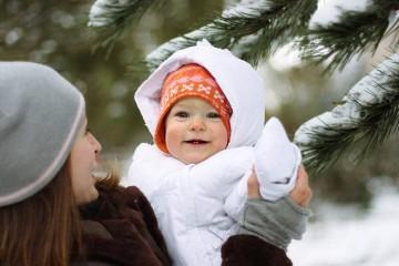 Прогулка зимой с малышом