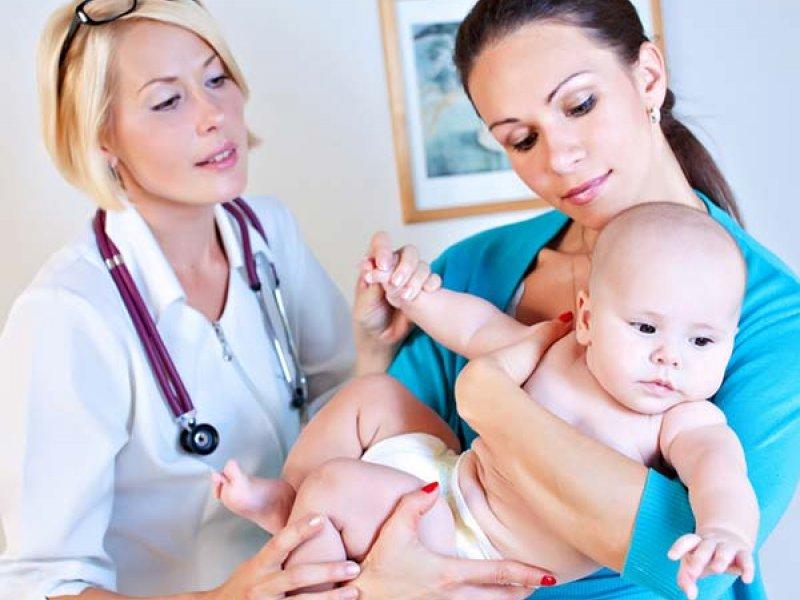Визит ребенка к педиатру
