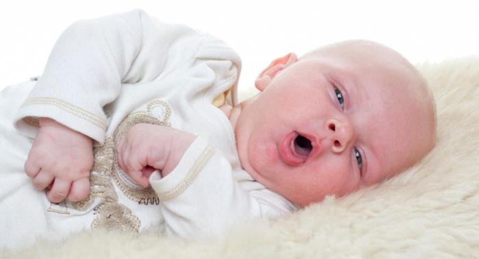 Малыша мучает сильный кашель