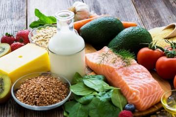 Питание кормящей мамы должно быть разнообразным и богатым витаминами