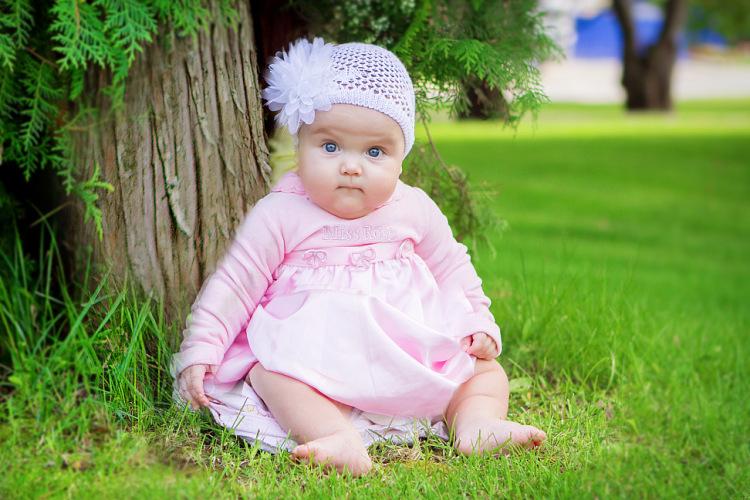 Многие родители пугаются, когда их малыш внезапно перестает гулить