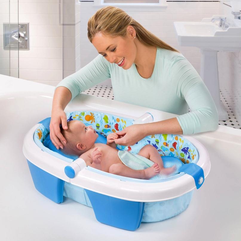 Ребенку нравится принимать ванну