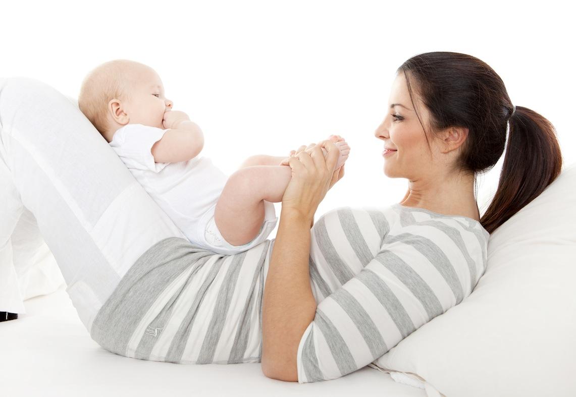 Гимнастические упражнения для младенца