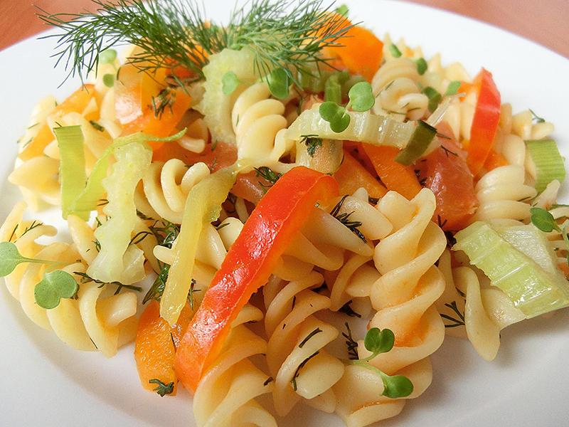 Вермишель с овощами