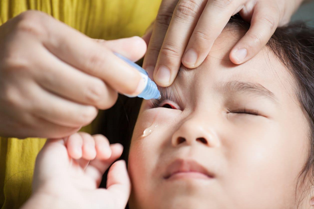 При сопротивлении ребенка не стоит проводить процедуру