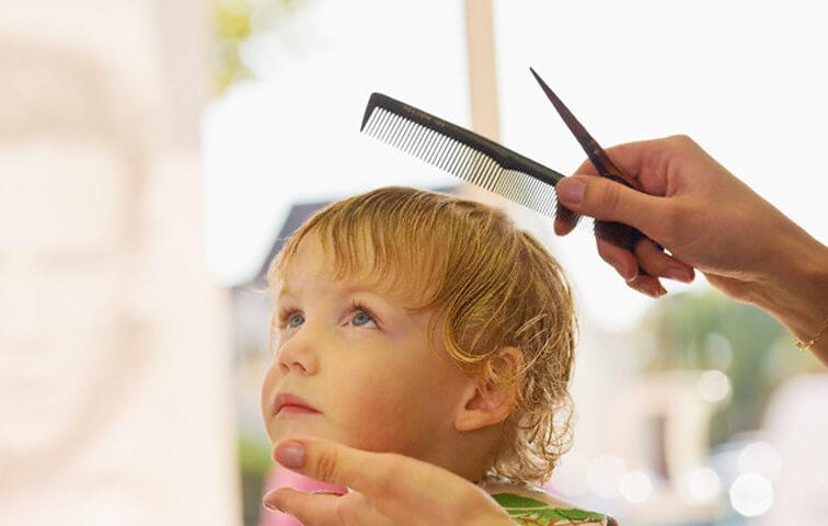 Подстригание локонов