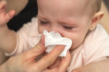 Нужно внимательно наблюдать за ребенком, чтобы понять, что у него болит