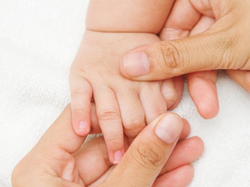 Массаж начинается с пальчиков рук