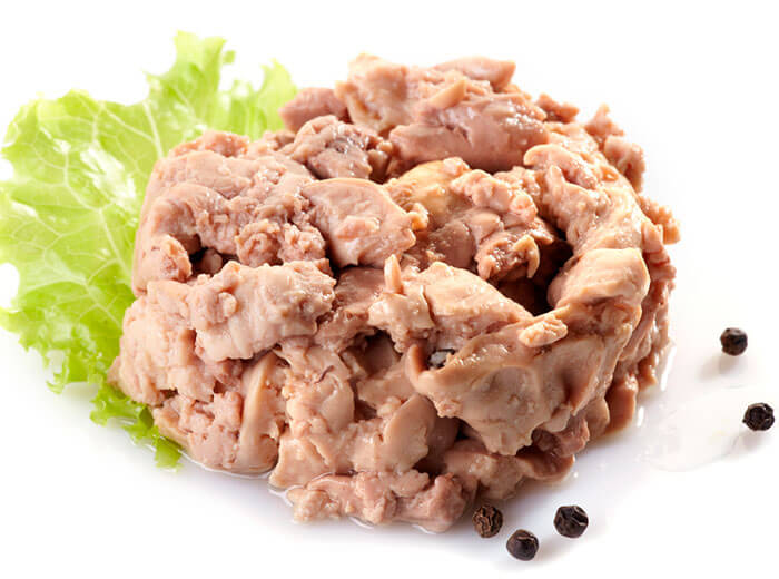 Печень рыб содержит огромное количество витаминов и минеральных веществ, необходимых для развития ребенка