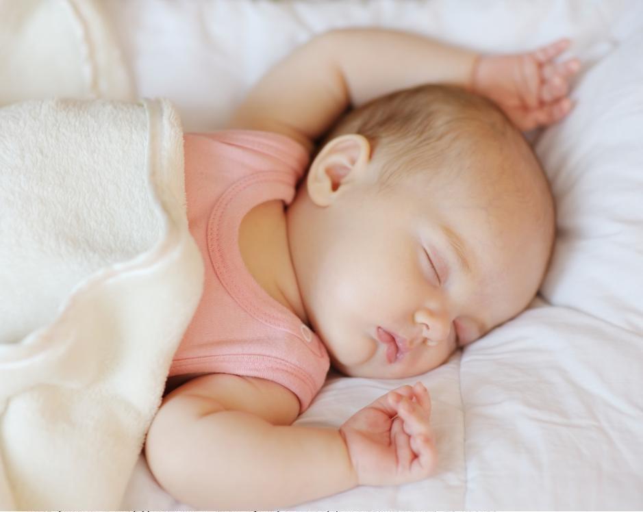 Мелкая сыпь на щеках ребенка 1 год thumbnail