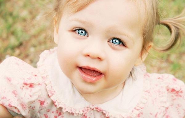Припухлость под глазами младенца
