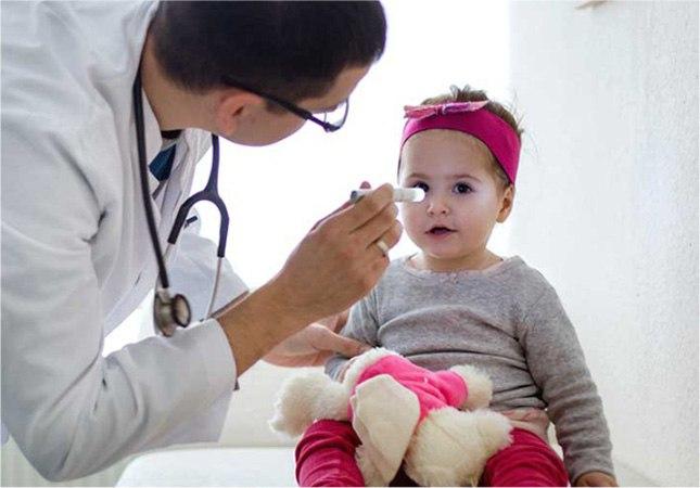 Поставить точный диагноз при покраснении глаз может только врач