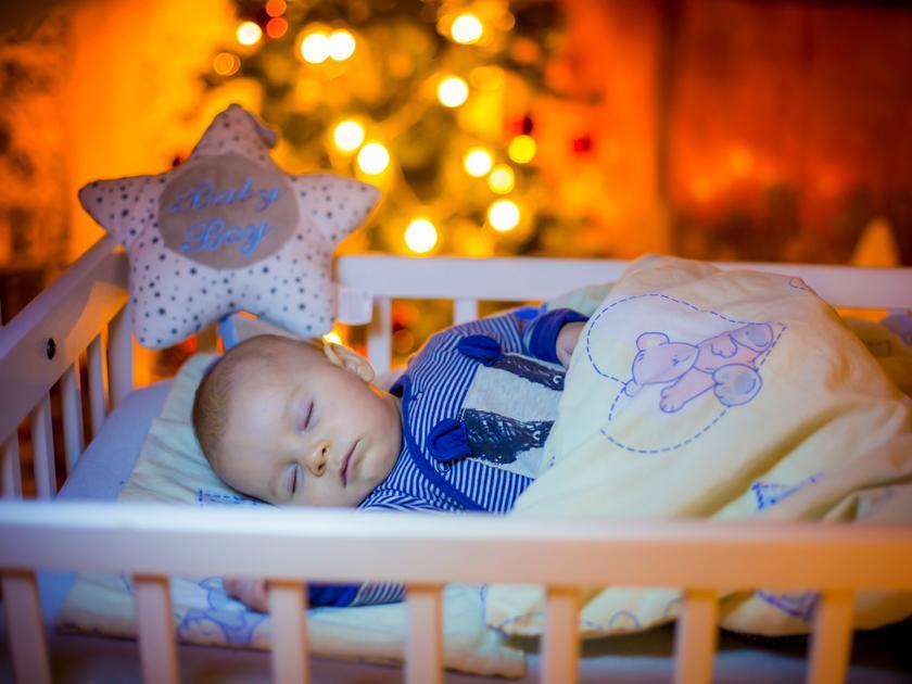 Ребенок может отлично засыпать в одиночестве