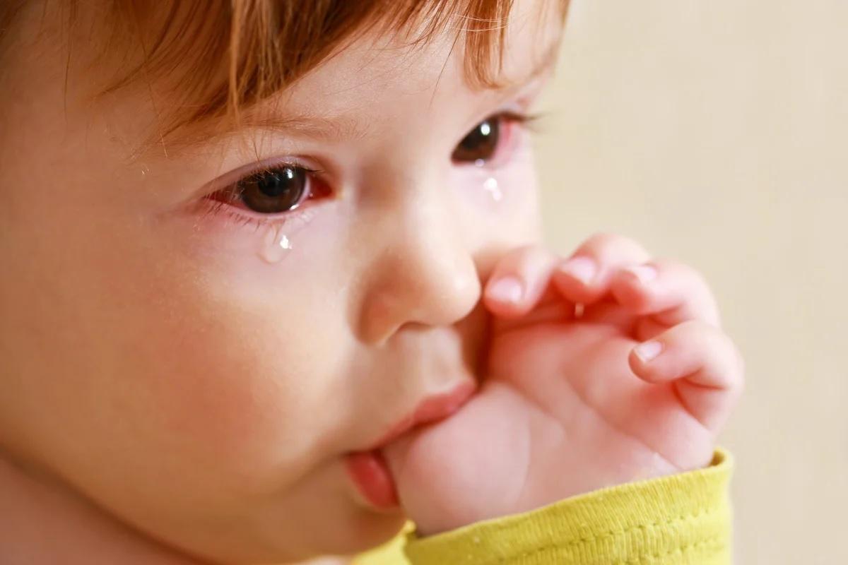 Нельзя намазывать горькими веществами пальцы ребенка, чтобы не спровоцировать стресс