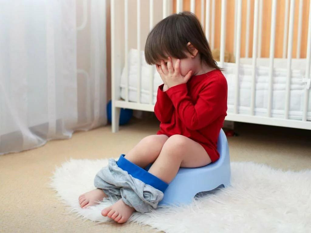 Ощущение боли при мочеиспускании может быть симптомом различных заболеваний мочеполовой системы ребенка
